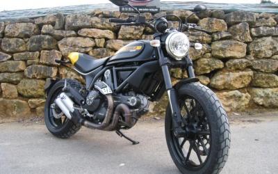 Ducati Scrambler 800 Full Throttle